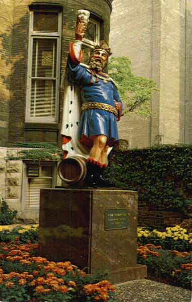 Statue of the good King Gambrinus Milwaukee Wisconsin