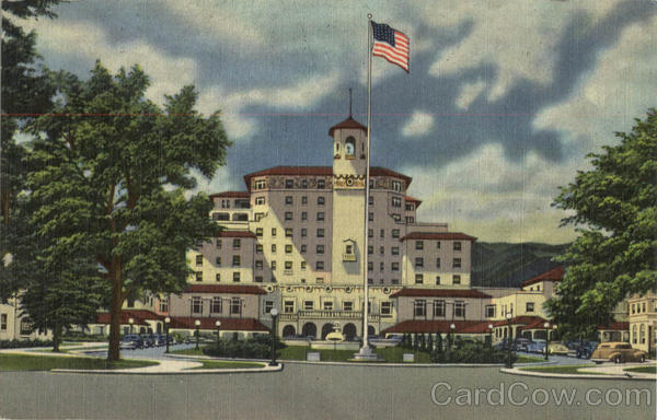 The Broadmoor Hotel And Its Surrounding Wings, Foot of Cheyenne Mountain Colorado Springs
