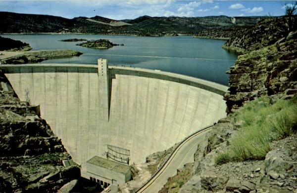 Flaming Gorge Dam Green River Wy
