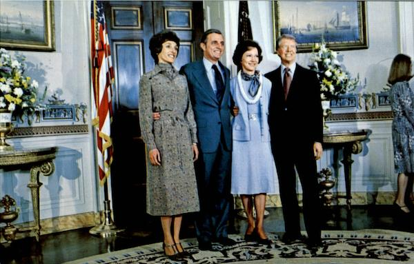Presidential Couples At White House Presidents