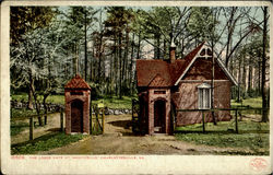 The Lodge Gate, Monticello