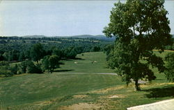 Vail's Grove Golf Course, Peach Lake