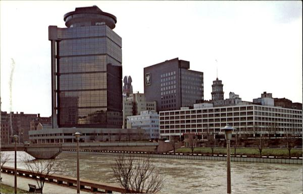 Across the river from first federal plaza rochester ny for Americana hotel nyc