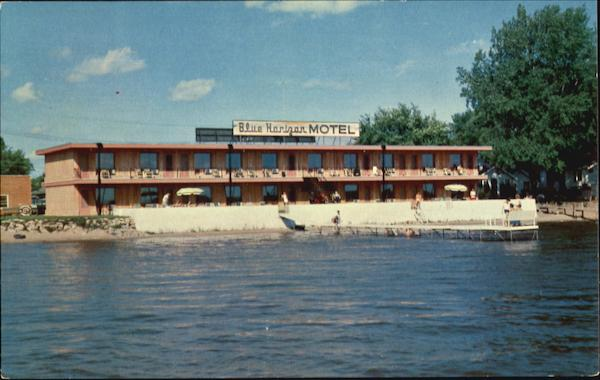 Blue horizon motel 30 air conditioned units and suites for Clear lake iowa fishing