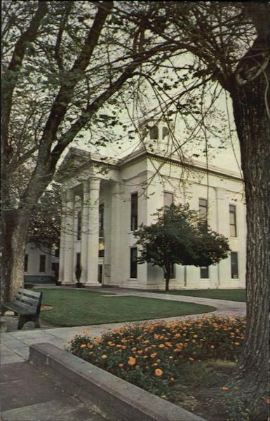 Colusa Country Courthouse California