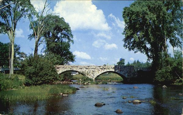 One Of The Few Old Stone Arch Bridges Hillsboro New Hampshire