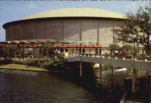 Convention center arena san antonio tx for Dining near at t center san antonio