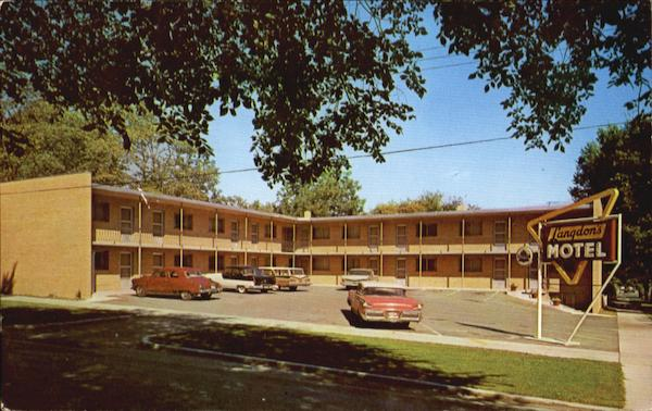 Langdon's Uptown Motel, Cr. 3rd Ave. & 6th St. S. W Rochester Minnesota