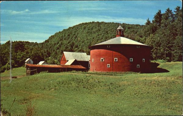 The Round Barn Barnet, VT