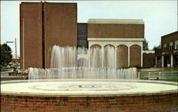 Macon County Court House And Memorial Fountain