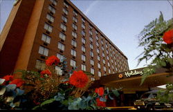Holiday Inn, 4610 North Fairfax Drive