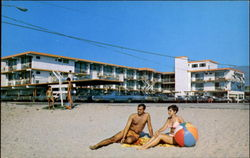 The Gondolier Motel, On the Beach at Lavender Road