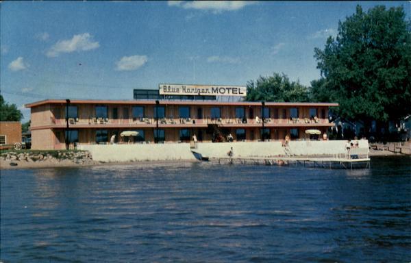 Clear Lake (IA) United States  city photos gallery : Clear Lake IA Blue Horizon Motel Iowa The Hamilton Photo Co. Chrome ...