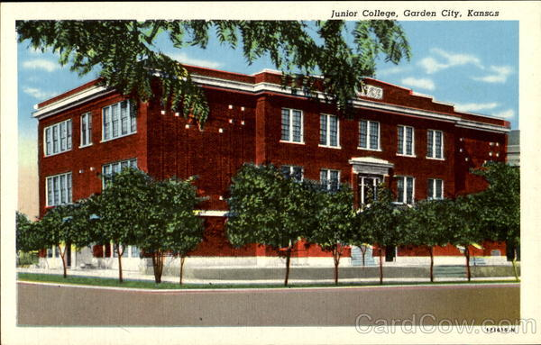 Junior College Garden City Kansas