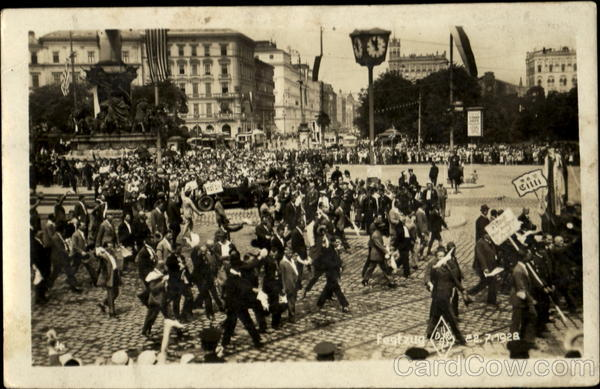 People Marching 1928 Festung Germany