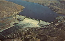 Grand Coulee Dam And Roosevelt Lake