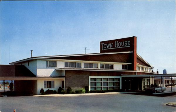 Town House Motor Hotel, U. S. 9 Albany New York