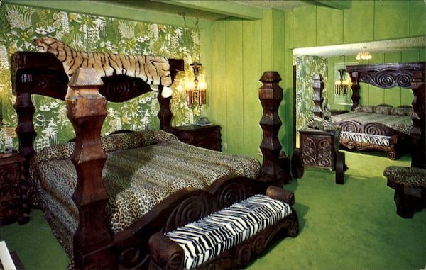 Madonna Inn Safari Room, Highway 101 and Madonna Road San Luis ...