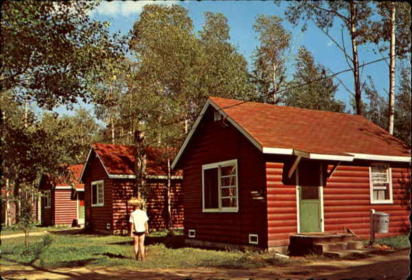 Modern Cabins, Greenwater Lake Provincial Park