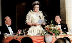 Queen Elizabeth Delivers A Speech In San Francisco
