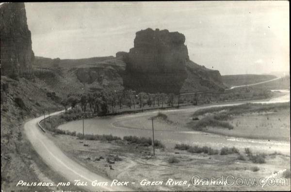 Palisades And Toll Gate Rock Green River Wyoming
