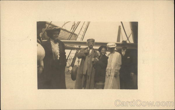 Rare Mark Twain Real Photo w/Group on Boat c1908 People
