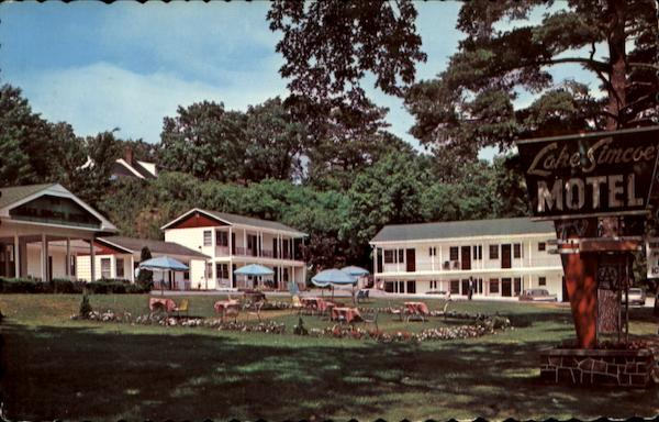 Lake Simcoe Motel, Hwy. 11 Barrie Ontario Canada