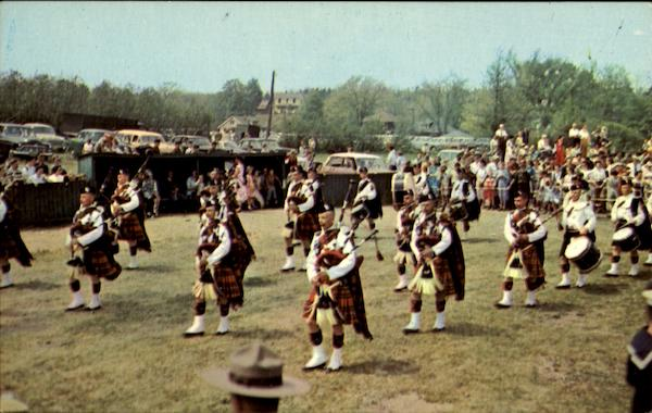 World Famous Nova Scotia Massed Pipers Canada