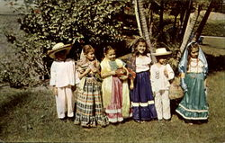 First Grade Pupils In Fiesta Dress