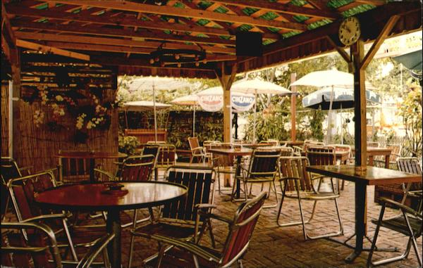 Grapevine Pub Restaurant, 309 N. New River Drive East Fort Lauderdale Florida