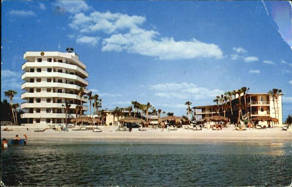 Three Crowns And Azure Tides Hotel Courts Lido Beach