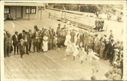 Girls In 50 Yd Race July 4,1913