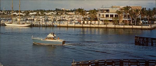 Along The Famous Intercostals Waterway In Beautiful Fort Lauderdale Florida
