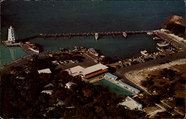 Aerial view of Davis Marathon Motel and Docks Florida