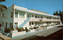 Nautilus Apartment Motel Postcard