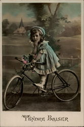 Fendre Baiser-- Little Girl on a Bike