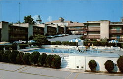 The Heart of Columbia Motel and Restaurant Postcard