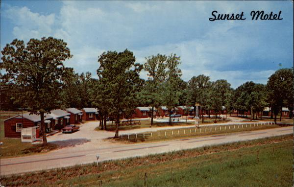 Sunset Motel -- Roaring River Road (Hwy. 112)