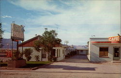 Front view of Oasis Motel