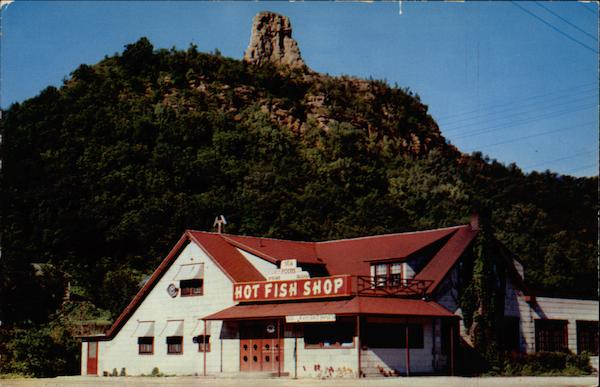Hot Fish Shop, exterior Winona Minnesota