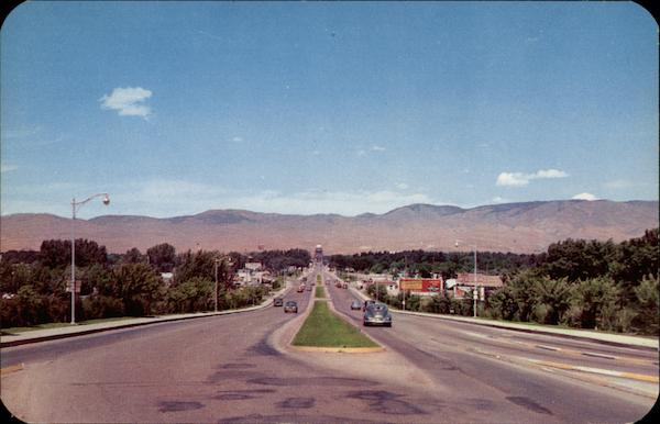 Looking North Down Capitol Boulevard Boise Idaho