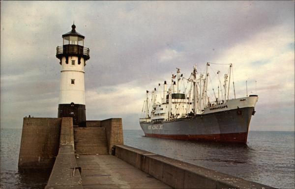 Duluth-Superior Harbor Boats, Ships