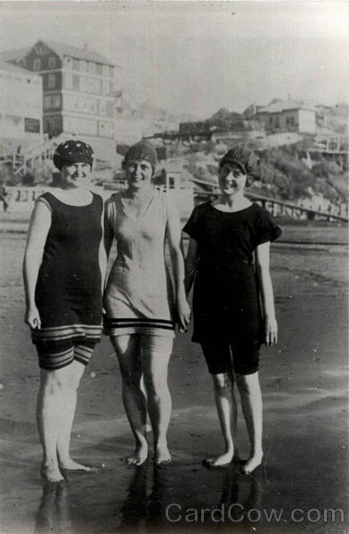 3 Cute Women in Bathing Suits at Beach Swimsuits & Pinup