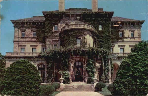Gloria Vanderbilt - Página 2 The-breakers-vanderbilt-mansion-newport-us-state-town-views-rhode-island-newport-21327