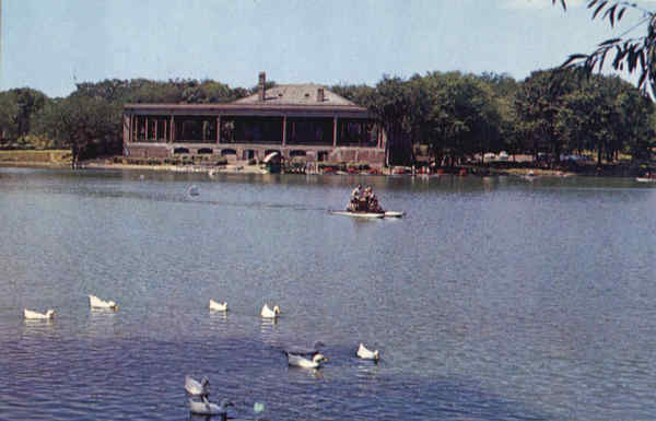 Lake Como and Pavilion St. Paul Minnesota