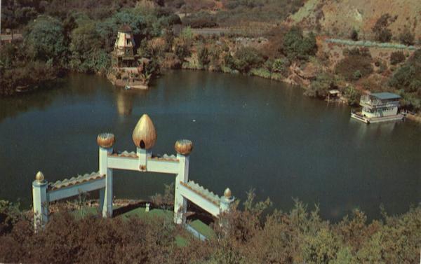 Self-Realization Fellowship Lake Shrine Pacific Palisades, CA Golden State
