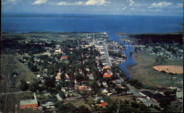 aerial view of cheboygan michigan