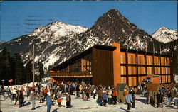 Colorful, New Swiss Modern SkiHaus at Snoqualmie Summit Ski Area