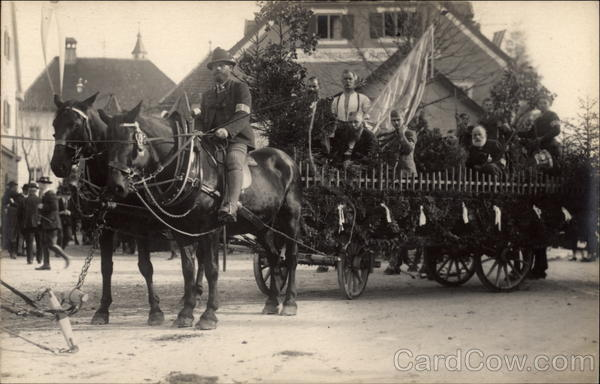 Horses pulling cart with band in parade Max Lerpscher