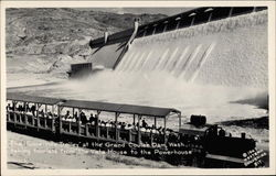 "The "" Toonerville Trolley "" at the Grand Coulee Dam, Wash"